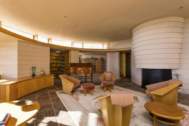 The Norman Lykes Home (Living Room), Completed in 1967 by FLW's Apprentice John Rattenbury